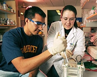 Ruben Rodriguez (left) with fellow grad student Jackie Minas