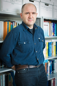 Professor Miguel Carreira-Perpinan's new algorithm helps machines conduct complex functions more like the human brain does.