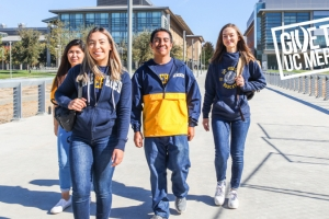 Students walk across campus at UC Merced